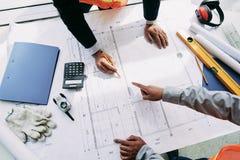 Discussione del programma di costruzione di alloggi Fotografie Stock