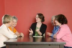 Discussione di gruppo di lavoro delle donne Fotografie Stock