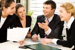 Discutindo planos empresariais Imagem de Stock