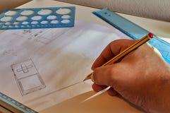 Diseñador en el trabajo imagen de archivo