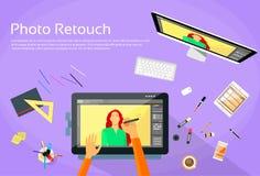 Diseñador gráfico Professional Tablet Drawing Imagen de archivo libre de regalías