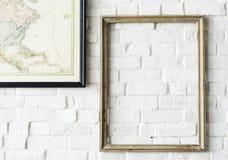 Diseñe el espacio de la ejecución del marco de la foto en la pared Fotos de archivo