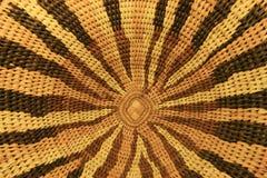 Diseño africano de la cesta Fotos de archivo libres de regalías