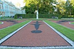 Diseño Catherine Park del paisaje Ciudad de Pushkin fotografía de archivo