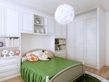 Diseño clásico acogedor del dormitorio Fotos de archivo libres de regalías