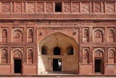 Diseño complejo en Jahangir Palace, fuerte de Agra Fotos de archivo libres de regalías