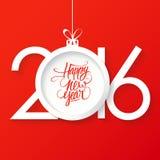 Diseño creativo del texto de la Feliz Año Nuevo 2016 con la bola de la Navidad Diseño dibujado mano del texto de la Feliz Año Nue Imágenes de archivo libres de regalías
