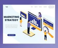 Diseño de estrategia de marketing donde la gente está trabajando concepto isométrico de las ilustraciones libre illustration