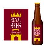 Diseño de etiqueta de la cerveza y de botella de cerveza Imagen de archivo libre de regalías