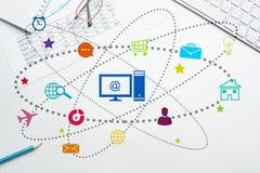 Diseño de interfaz para el móvil y la aplicación web Foto de archivo
