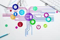 Diseño de interfaz para el móvil y la aplicación web Imagen de archivo
