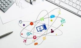 Diseño de interfaz para el móvil y la aplicación web Fotos de archivo