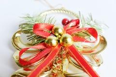 Diseño de la frontera de la decoración de la Navidad aislado en el fondo blanco Foto de archivo libre de regalías