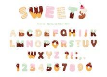 Diseño de la fuente de la panadería de los dulces Letras divertidas y números del alfabeto latino hechos del helado, chocolate, g Fotografía de archivo libre de regalías