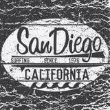 Diseño de la impresión de la camiseta, muestra de la resaca de California San Diego de la etiqueta del Applique de la insignia de Imagen de archivo libre de regalías