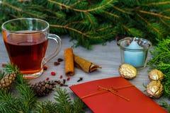 Diseño de la Navidad Fondo de la Navidad con las ramas de un Cristo Fotografía de archivo libre de regalías