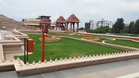 Diseño de paisaje de la hierba del templo Foto de archivo libre de regalías