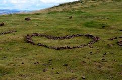 Diseño de piedra del corazón en Carlton Hill en Edimburgo Foto de archivo libre de regalías