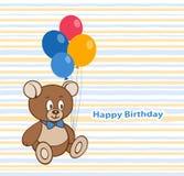 Diseño de tarjeta de cumpleaños con un oso y los globos de peluche lindo Foto de archivo