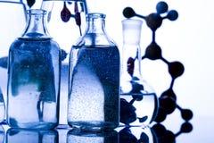 Diseño del átomo Imágenes de archivo libres de regalías