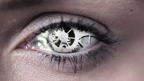 Diseño del código de la tecnología en ojo humano almacen de metraje de vídeo