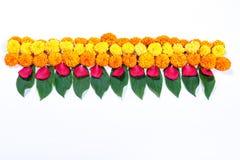 Diseño del rangoli de la flor de la maravilla para el festival de Diwali, decoración india de la flor del festival