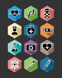 Diseño determinado de los iconos planos médicos de la atención sanitaria Fotos de archivo libres de regalías