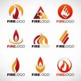 Diseño determinado rojo del fuego del vector anaranjado y amarillo del logotipo stock de ilustración