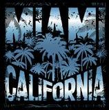 Diseño gráfico Miami California de la camiseta del verano Imagen de archivo
