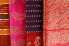 Diseño indio de la sari. Fotos de archivo libres de regalías