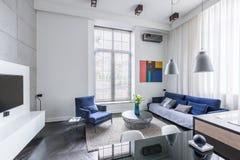 Diseño industrial de la sala de estar imágenes de archivo libres de regalías