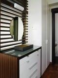 Diseño interior - aparador foto de archivo libre de regalías