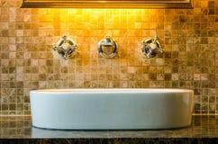 Diseño interior de un cuarto de baño Foto de archivo libre de regalías