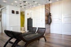 Diseño interior del pasillo casero Fotografía de archivo