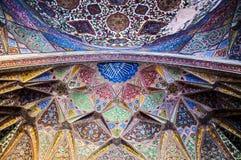 Diseño interior noble del Wazir Khan Mosque Foto de archivo libre de regalías