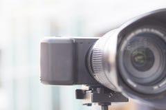 Diseño mínimo de la cámara clásica de Mirrorless fotografía de archivo libre de regalías