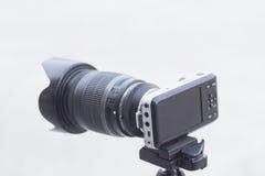 Diseño mínimo de la cámara clásica de Mirrorless blackmagic Foto de archivo libre de regalías