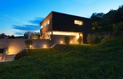 Diseño moderno de la arquitectura, casa Imágenes de archivo libres de regalías