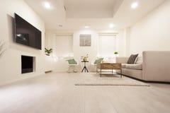Diseño moderno de la sala de estar foto de archivo libre de regalías