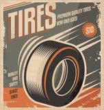 Diseño retro del cartel de los neumáticos de coche Imagenes de archivo