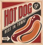 Diseño retro del cartel del vector del perrito caliente Fotografía de archivo