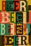 Diseño tipográfico del cartel del partido de la cerveza del estilo del vintage Ilustración retra del vector Fotografía de archivo libre de regalías