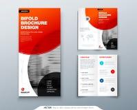 Diseño triple del folleto Plantilla roja del negocio para el aviador triple Disposición con la foto y el extracto modernos del cí stock de ilustración