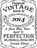 Diseño vectorial de la impresión de la camiseta El vintage superior hizo en 2014 una estrella fue llevado envejeció a la perfecci libre illustration