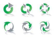 Diseños de reciclaje verdes y grises de la insignia del vector Fotografía de archivo