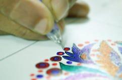 Disegnando con la penna di colore Immagine Stock Libera da Diritti
