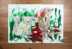 Disegni del ` s dei bambini - pappagallo e gatto Immagini Stock