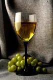 Disegno astratto della priorità bassa della cristalleria del vino Fotografie Stock Libere da Diritti