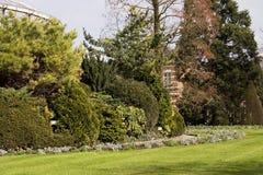 Disegno del giardino Un parco della molla a Lovanio, Fiandre, Belgio 1 Fotografia Stock