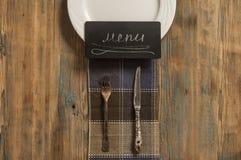 Disegno del menu del ristorante Menu del ristorante con il pla vuoto e bianco immagine stock